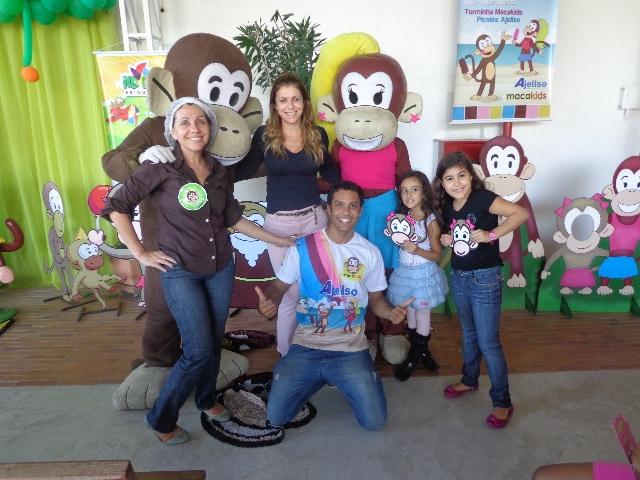 Dia das crianças com os Macakids na fábrica Biotropic