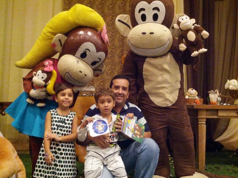 1º aninho de José Vitor com os Macakids