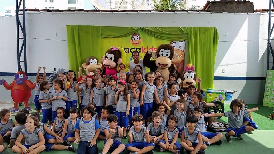 Escola Carlos Drummond